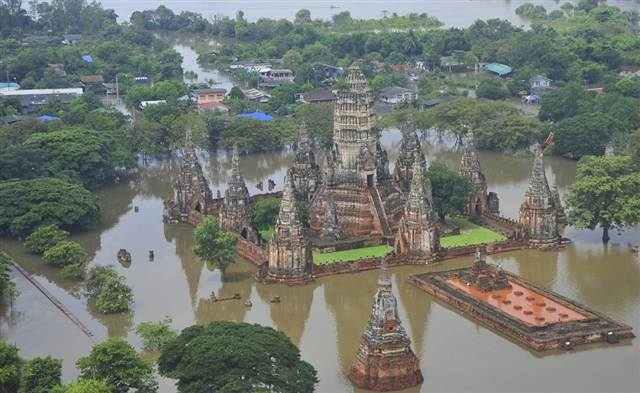 Flooding-in-Thailand