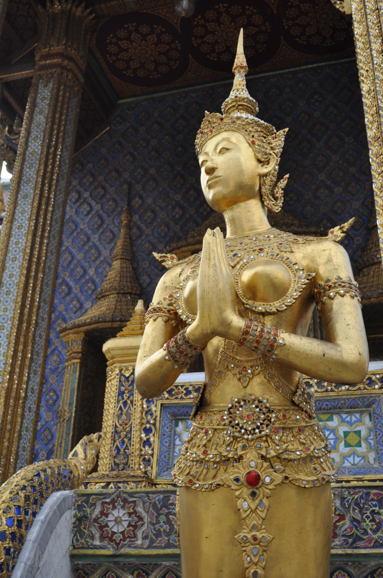 Guide: Twirling Through South East Asia